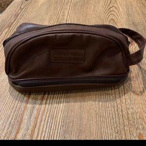 🧔 Men's Perry Ellis Travel Toiletry Bag